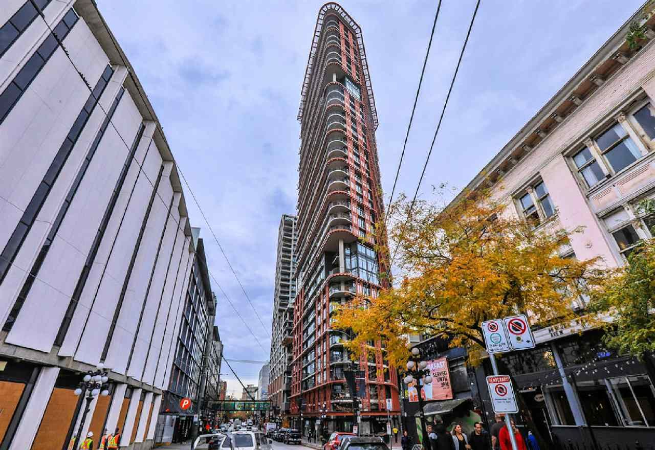 """Photo 10: Photos: 2404 108 W CORDOVA Street in Vancouver: Downtown VW Condo for sale in """"Woodwards"""" (Vancouver West)  : MLS®# R2419147"""