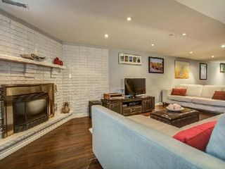 Photo 2: 904 Briar Hill Avenue in Toronto: Briar Hill-Belgravia House (Bungalow) for sale (Toronto W04)  : MLS®# W3006812