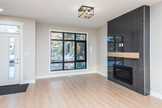 Photo 3: 8851 92 Street in Edmonton: Zone 18 House for sale : MLS®# E4226175