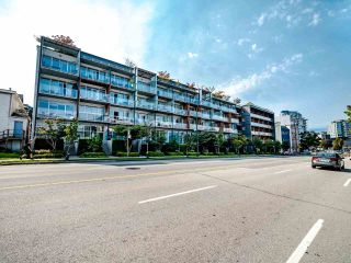 """Photo 37: 222 256 E 2ND Avenue in Vancouver: Mount Pleasant VE Condo for sale in """"Jacobsen"""" (Vancouver East)  : MLS®# R2495462"""