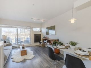 """Photo 9: 209 1195 W 8TH Avenue in Vancouver: Fairview VW Townhouse for sale in """"ALDER COURT"""" (Vancouver West)  : MLS®# R2560654"""