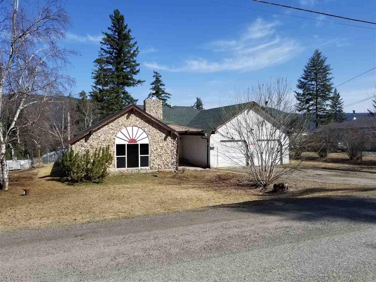 Main Photo: 1704 JUNIPER Street in Williams Lake: Williams Lake - City House for sale (Williams Lake (Zone 27))  : MLS®# R2571391