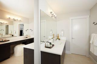 Photo 17: 2712 202 Street in Edmonton: Zone 57 House for sale : MLS®# E4265922