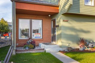 Photo 2: 5339 HILL VIEW Crescent in Edmonton: Zone 29 Townhouse for sale : MLS®# E4262220