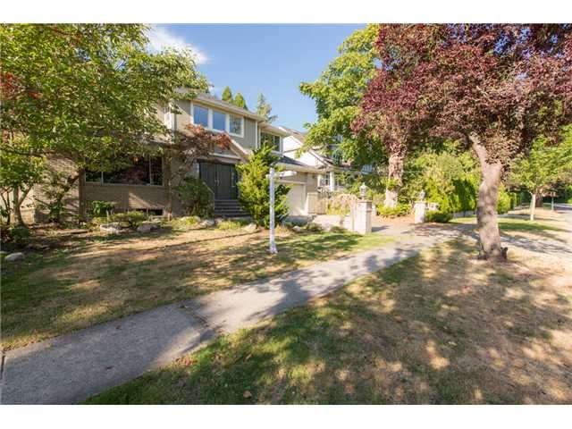 Main Photo: 3369 W 42ND Avenue in Vancouver: Southlands House for sale (Vancouver West)  : MLS®# V1080469