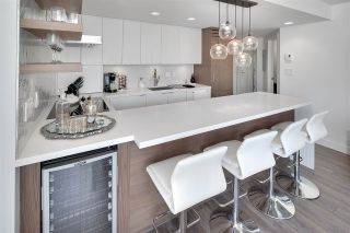 """Photo 4: 1602 1500 HOWE Street in Vancouver: Yaletown Condo for sale in """"THE DISCOVERY"""" (Vancouver West)  : MLS®# R2101112"""