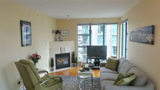Photo 2: 2202 939 HOMER STREET in Vancouver: Yaletown Condo for sale (Vancouver West)  : MLS®# R2150723