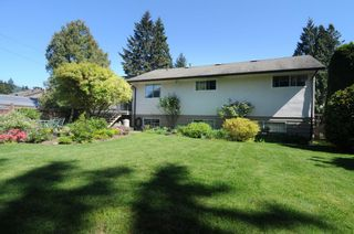Photo 1: 2549 LAURALYNN DRIVE in North Vancouver: Westlynn House for sale : MLS®# R2369180