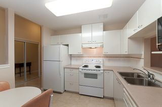 "Photo 2: 101 4425 HALIFAX Street in Burnaby: Brentwood Park Condo for sale in ""POLARIS"" (Burnaby North)  : MLS®# V968765"
