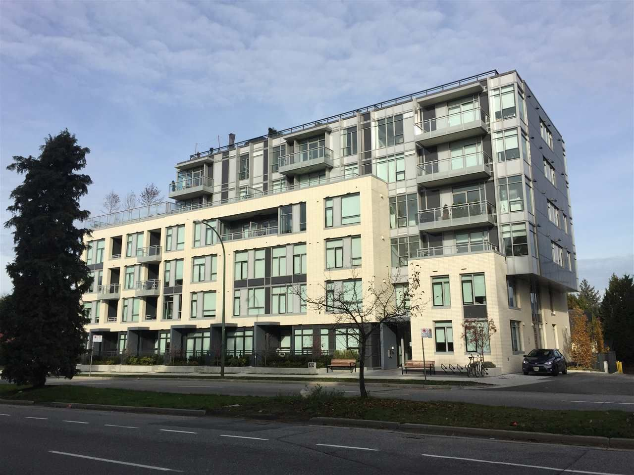 """Main Photo: 406 523 W KING EDWARD Avenue in Vancouver: Cambie Condo for sale in """"The Regent"""" (Vancouver West)  : MLS®# R2418628"""