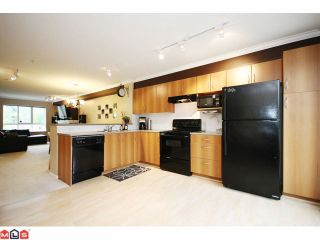 """Photo 5: 4 6747 203RD Street in Langley: Willoughby Heights Townhouse for sale in """"SAGEBROOK"""" : MLS®# F1013962"""
