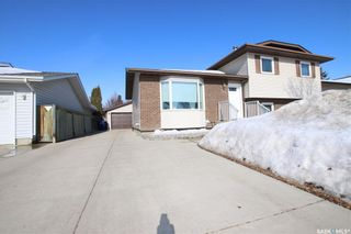 Photo 1: 150 Rogers Road in Saskatoon: Erindale Residential for sale : MLS®# SK845223