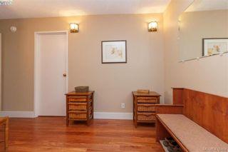 Photo 3: 206 1148 Goodwin St in VICTORIA: OB South Oak Bay Condo for sale (Oak Bay)  : MLS®# 817905