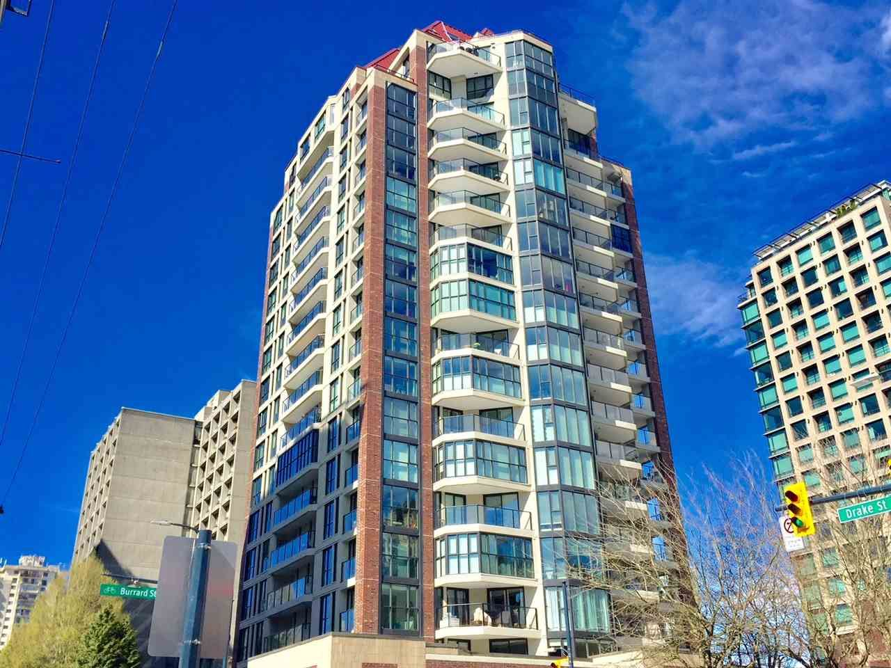 """Main Photo: 204 1010 BURNABY Street in Vancouver: West End VW Condo for sale in """"THE ELLINGTON"""" (Vancouver West)  : MLS®# R2258378"""