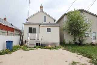 Photo 11: 1231 Alexander Avenue in Winnipeg: Brooklands / Weston Single Family Detached for sale (West Winnipeg)  : MLS®# 1613410