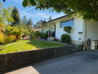 Photo 2: 587 N DOLLARTON Highway in North Vancouver: Dollarton House for sale : MLS®# R2574951