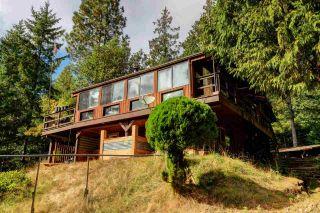 Photo 1: 510 BLUFF Way: Mayne Island House for sale (Islands-Van. & Gulf)  : MLS®# R2494206
