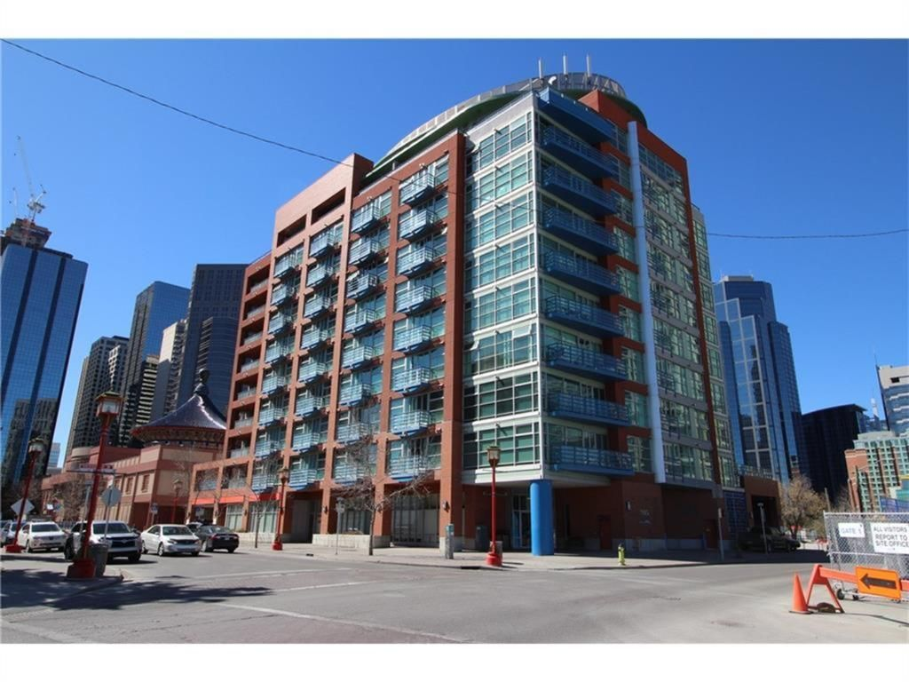Main Photo: 602 205 Riverfront Avenue SW in Calgary: Chinatown Apartment for sale : MLS®# A1141422