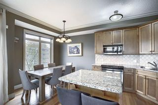Photo 12: 2 2406 17A Street SW in Calgary: Bankview Row/Townhouse for sale : MLS®# A1093579