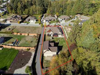 "Photo 1: 5005 BAY Road in Sechelt: Sechelt District House for sale in ""Davis Bay"" (Sunshine Coast)  : MLS®# R2217861"