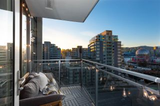 "Main Photo: 1111 111 E 1ST Avenue in Vancouver: Mount Pleasant VE Condo for sale in ""BLOCK 100"" (Vancouver East)  : MLS®# R2565026"