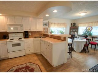 Photo 8: 9 2911 Sooke Lake Rd in VICTORIA: La Goldstream Manufactured Home for sale (Langford)  : MLS®# 629320
