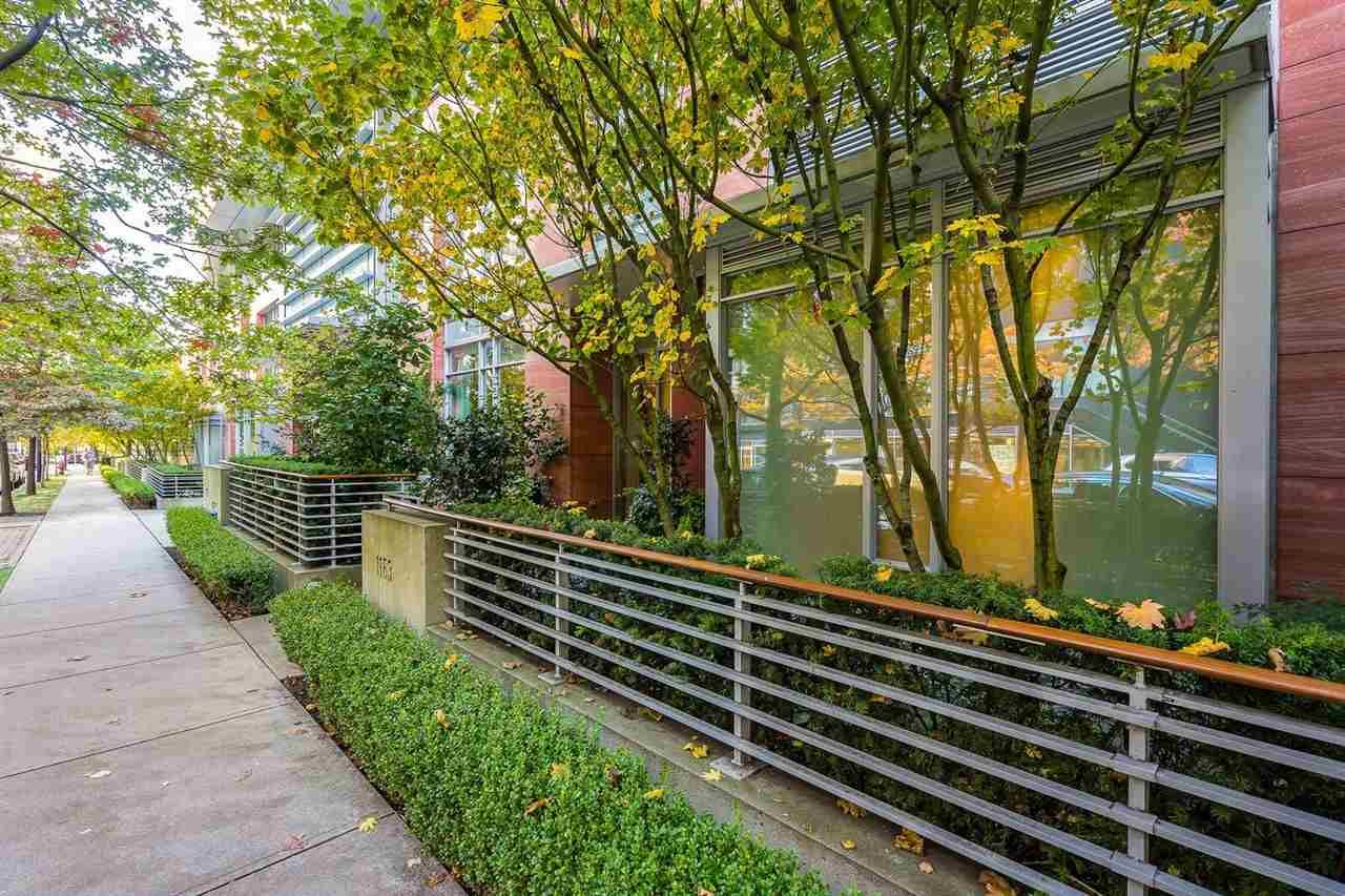 Main Photo: 1163 W CORDOVA STREET in Vancouver: Coal Harbour Townhouse for sale (Vancouver West)  : MLS®# R2314761