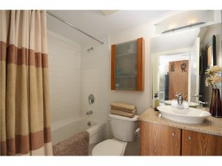 "Photo 8: # 2202 1199 SEYMOUR ST in Vancouver: Downtown VW Condo for sale in ""BRAVA"" (Vancouver West)  : MLS®# V1033200"