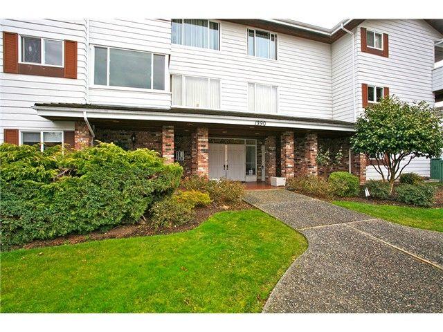 Photo 1: Photos: 302 1390 Martin Street: White Rock Condo for sale (South Surrey White Rock)  : MLS®# F1427952