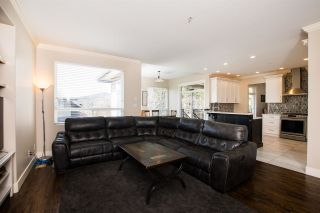 """Photo 12: 12 1705 PARKWAY Boulevard in Coquitlam: Westwood Plateau House for sale in """"TANGO"""" : MLS®# R2561480"""