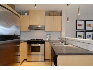 "Photo 6: 406 124 W 1ST Street in North Vancouver: Lower Lonsdale Condo for sale in ""THE Q"" : MLS®# V1103979"