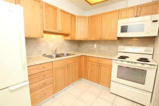 """Photo 5: 2306 3755 BARTLETT Court in Burnaby: Sullivan Heights Condo for sale in """"TIMBERLEA TOWER """"B"""""""" (Burnaby North)  : MLS®# R2138547"""