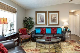 Photo 8: 14 Eagle Lane in View Royal: VR Glentana Manufactured Home for sale : MLS®# 840604