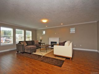 Photo 6: 3331 Merlin Rd in Langford: La Luxton House for sale : MLS®# 608861