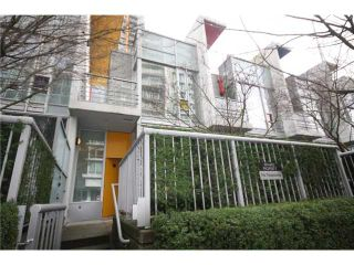 Photo 14: 688 CITADEL PARADE in Vancouver: Downtown VW Townhouse for sale (Vancouver West)  : MLS®# V1047905