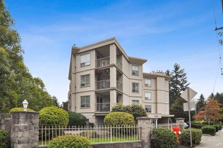 """Photo 1: 105 5450 208 Street in Langley: Langley City Condo for sale in """"MONTGOMERY GATE"""" : MLS®# R2509273"""