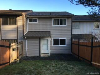 Photo 1: 23 9568 Carnarvon Pl in Port Hardy: NI Port Hardy Row/Townhouse for sale (North Island)  : MLS®# 886061