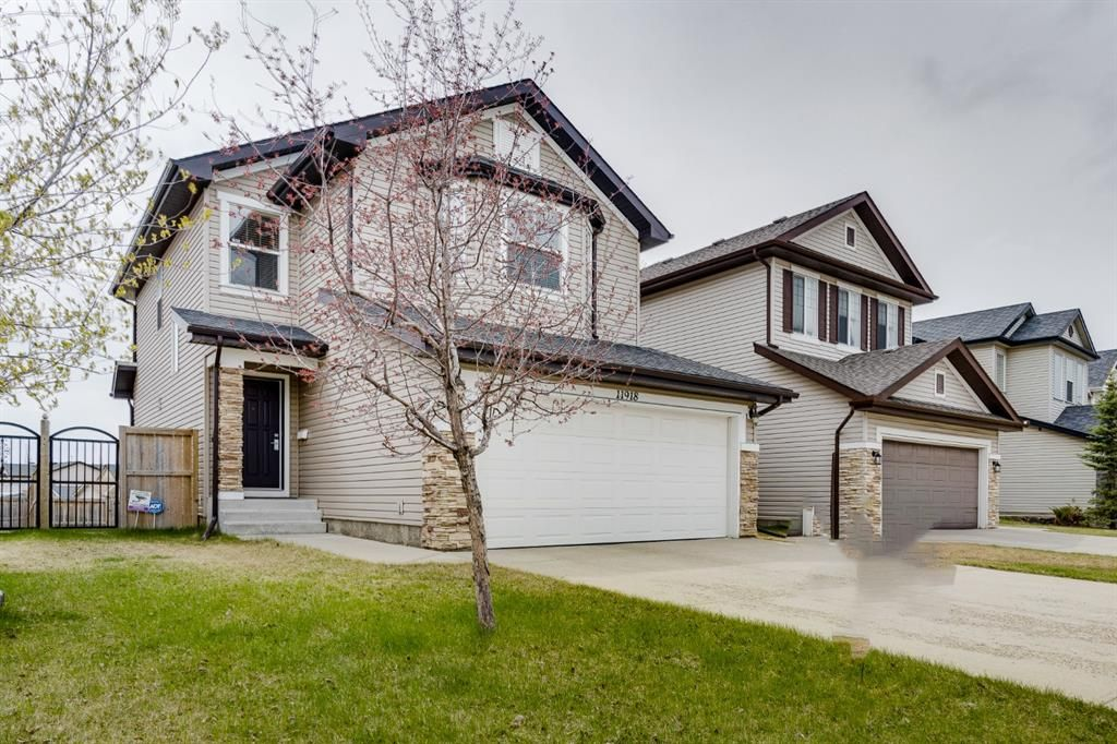 Main Photo: 11918 Coventry Hills Way NE in Calgary: Coventry Hills Detached for sale : MLS®# A1106638