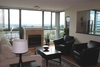"""Photo 4: 1104 6659 SOUTHOAKS Crescent in Burnaby: Highgate Condo  in """"GEMINI 2"""" (Burnaby South)  : MLS®# R2582918"""