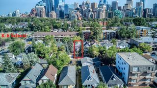 Photo 2: 916 2 Avenue NW in Calgary: Sunnyside Detached for sale : MLS®# A1139430