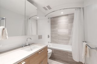 """Photo 10: 512 7128 ADERA Street in Vancouver: South Granville Condo for sale in """"SHANNON WALL CENTRE"""" (Vancouver West)  : MLS®# R2372265"""