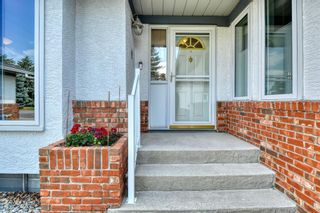 Photo 6: 20A Woodmeadow Close SW in Calgary: Woodlands Row/Townhouse for sale : MLS®# A1127050