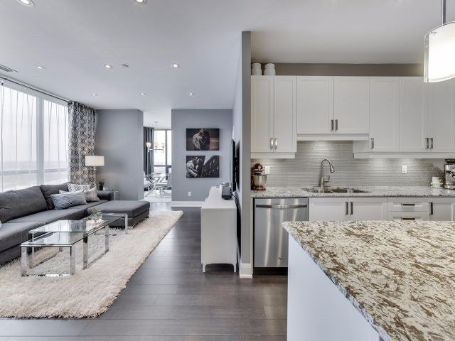Photo 3: Photos: 2009 2900 W Highway 7 in Vaughan: Concord Condo for sale : MLS®# N3988887