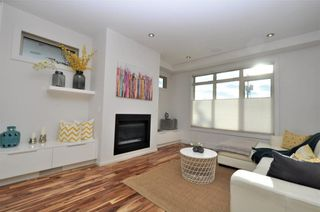 Photo 11: 1611 17 Avenue NW in Calgary: Capitol Hill House for sale : MLS®# C4161009