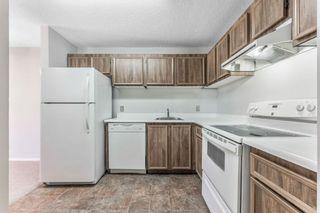 Photo 9: 91 CEDAR SPRINGS Gardens SW in Calgary: Cedarbrae Row/Townhouse for sale : MLS®# A1032381