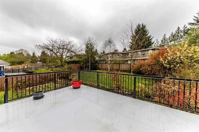 Photo 4: Photos: 7952 BURNFIELD Crescent in BURNABY: Burnaby Lake House for sale (Burnaby South)  : MLS®# R2357073