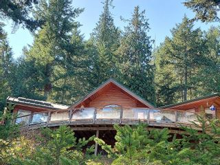 Photo 3: 9844 Canal Rd in : GI Pender Island House for sale (Gulf Islands)  : MLS®# 884964