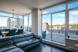 """Photo 8: 2002 668 COLUMBIA Street in New Westminster: Downtown NW Condo for sale in """"Trapp + Holbrook"""" : MLS®# R2419627"""