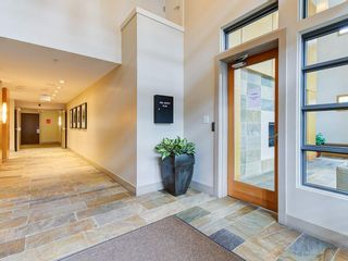 """Photo 3: 307 5955 IONA Drive in Vancouver: University VW Condo for sale in """"FOLIO"""" (Vancouver West)  : MLS®# R2569325"""