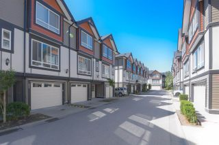 Photo 2: 21 6378 142 Street in Surrey: Sullivan Station Townhouse for sale : MLS®# R2491271
